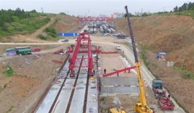 荆山大道跨海慧路立交桥即将完工