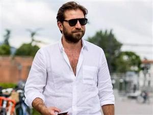 夏天澳门拉斯维加斯会穿麻的男人,都不简单