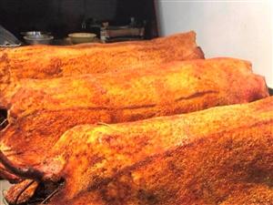 女大学生毕业放弃白领工作卖烤猪肉!一天要烤5头猪,四年买两套房!