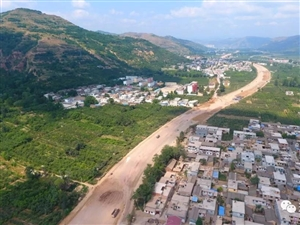 全市重大项目建设巡礼:秦州大道――打造最美公路风景线