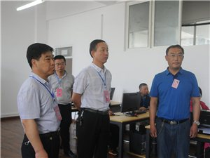潢川县高考有序进行 社会各界爱心助考 市县领导深入考点巡视指导