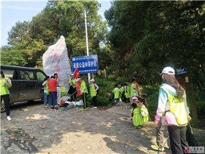 携手世界环境日,迎接军运会,小小志愿者体验不一样的儿童节