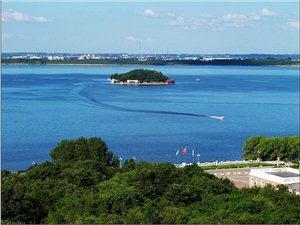 保护二龙湖水源地,就是保护我们的生命!