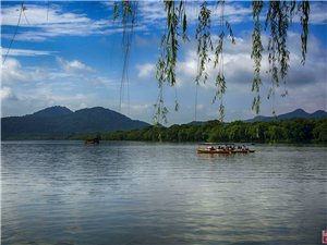 水墨兰亭  组照 西湖好泛舟