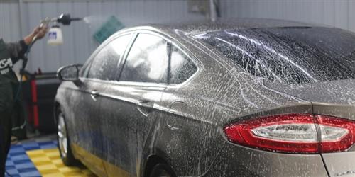 9.9元抢购翼城新诚信格莱美精品洗车一次包含车内外