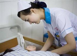镜头下:一位护士一天的生活历程