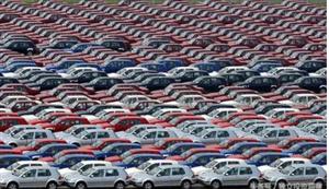 汽车行业正在衰退,制造商和经销商只剩下两个选择!