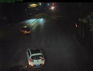 荆门一司机三分钟内两次交通违法,只为与生命赛跑!