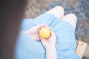 柠檬味的清凉女生