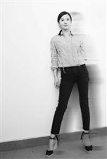 杨子珊时尚大方写真