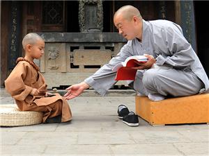 """""""师父说得对"""",小和尚谨记教诲"""