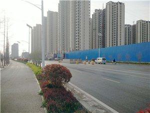新郑昌鼎润苑临近学院路中间的高压电塔终于挪走了