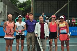 泸州国际网球公开赛普切尔/莱茵维恩男双折桂