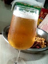 炸�u配啤酒,生活美滋滋!