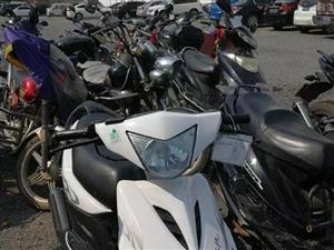 荆门一盗窃团伙专偷摩托车被抓,三人均未满16岁