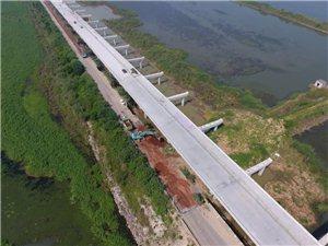 好消息,安九路快好了,武昌湖大桥已经单边通车,部分路段已经铺设完成