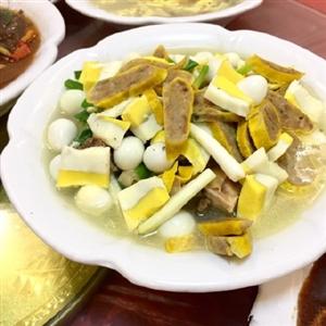 来看看咱们霍邱帝国的特色菜,是不是色香味俱全呢?