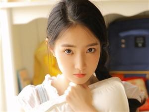 在你面前,刘亦菲、景甜也只是陪衬,只有你才是我心中最美