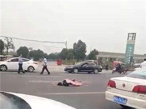 在美高梅官网公园北发生了一起车祸