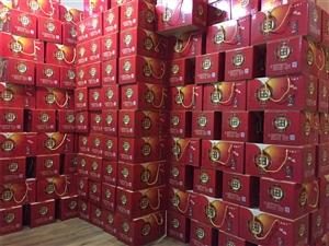爆料:筠连这家月饼厂,竟然被人包了满满一卡车的货!