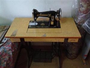 八十年代的缝纫机,现在一台能卖多少钱?还有多少澳门威尼斯人娱乐官网人家里有这个
