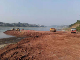 富顺县怀德大桥开建了,项目总投资2.3亿元,已完成前期工作。