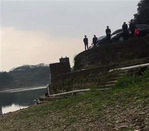 点赞!沱江河边救起溺水老人,富顺女大学生做好事不留名
