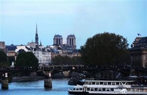人类文明的损失!巴黎圣母院发生大火