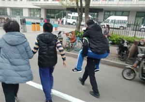 【正能量】滨州交警紧急救助心脏病病人!