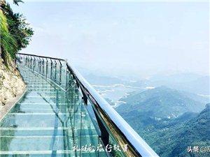 """河南最美山峰竟藏着一面""""天空之镜"""""""