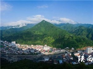 镇巴县城和佛坪地形有点相似啊