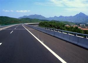 重庆忠县至万州、丰都至忠县、梁平至忠县高速路通车