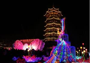 """长沙洋湖新春灯会开展 """"动物乐园""""邀你赴约"""