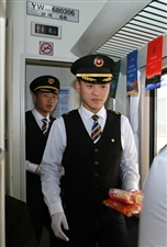 """兰渝铁路(岷广段)线上那些""""最可爱的人"""""""