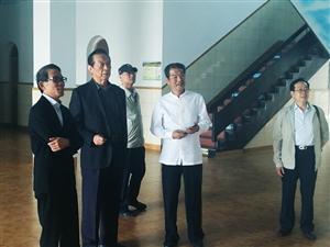 原中国武协主席张耀庭等领导在清泉武校考察指导