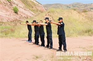 县巡特警大队开展实弹射击训练