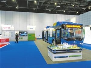 珠海银隆亮相迪拜交通展 发布12米低地板纯电动公交车