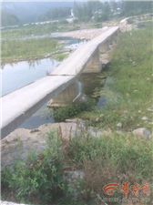 大水冲断勉县一便民桥 170位村民出行受阻