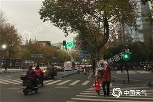 江苏南京已正式入冬 苏州等10市明后天将现今冬初雪