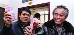 鄂州市劳动保障监察局,为农民工追回工资25万元