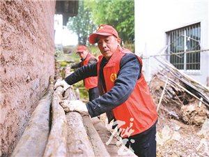 青杠街道开展村庄清洁行动 改善农村人居环境