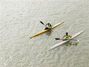 热闹了!2019年全国皮划艇静水青年锦标赛在汉江边鸣锣开赛