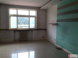 七中附近,乒乓球场宿舍2室3楼,水电双气
