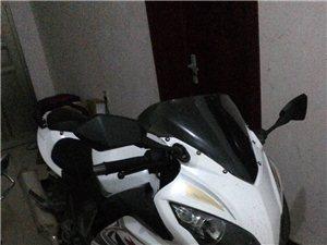 本人想出手一辆摩托车