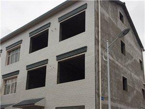 董市镇高峡新村有独栋三层楼房出售