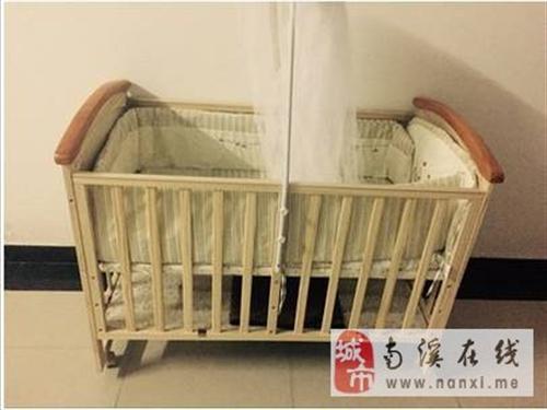 出售婴儿床,床垫,