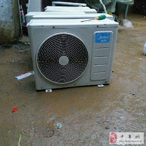美的大1.5皮變頻空調特價處理