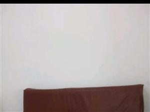 低价出售皮革沙发床