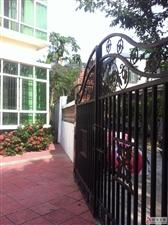 四层楼房封闭庭院式适合工厂生产公司写字楼办公等