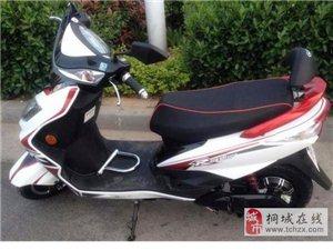 出售二手雅迪踏板电动车